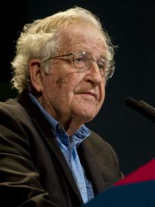 Noam Chomski invite à ne pas prendre vos présomptions pour des faits acquis